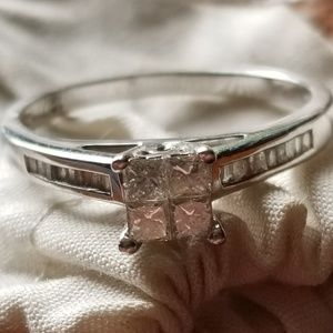 Jewelry - Open to trades and offers - Engagement ring size 6
